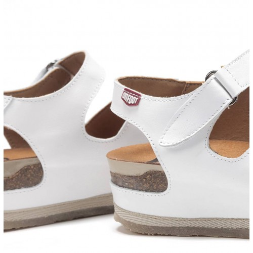 Cynara sandalia romana