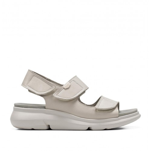 Bora leather sandal with 3...